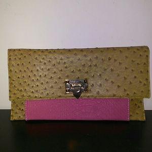 Lovely little envelope clutch bag